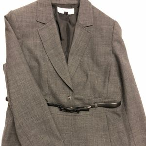 Tahari pant suit size 12P with Calvin Klein belt